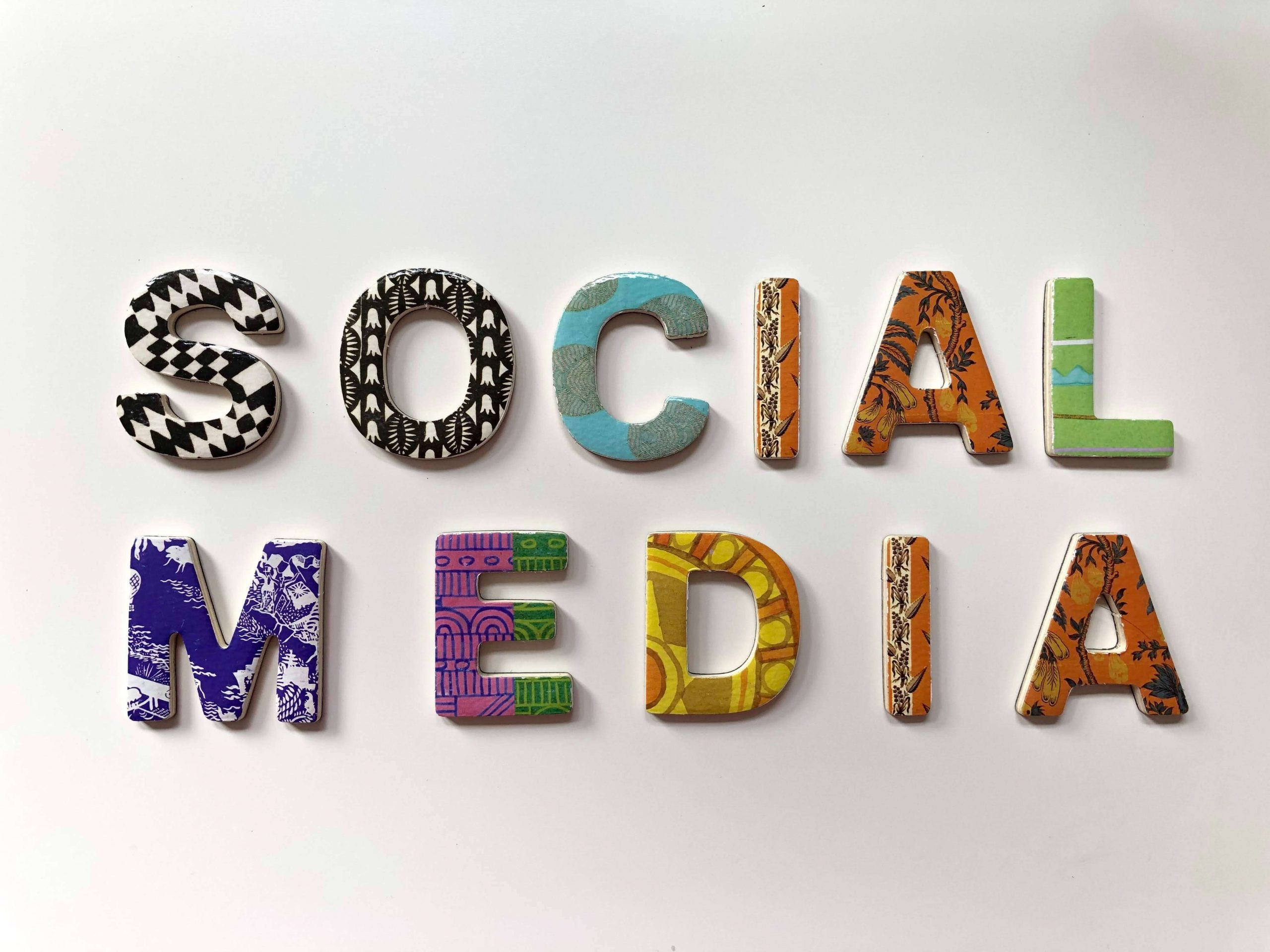 Promovare social media